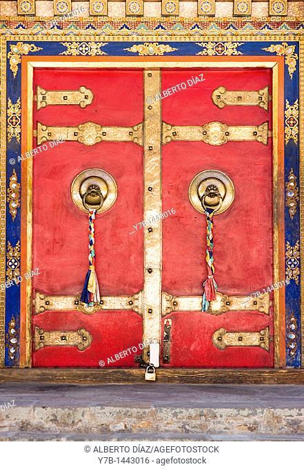 Gate in the monastery of Tashilhunpo in Shigatse in Tibet