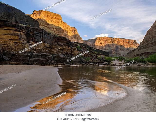 The Grand Canyon at dawn at 214 Mile Creek, Grand Canyon National Park, Arizona, USA