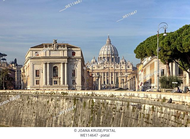 View of St  Peter's Basilica in Rome, Lazio, Italy