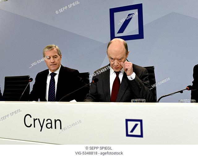 Germany, Frankfurt, 10.29.2015 Press Conference of the German Bank AG to the details of the 2020 Strategy Photo: John Cryan (right) and Juergen Fitschen (li)