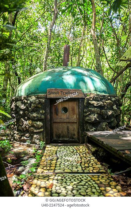 Guatemala, Rio Dulce, Temascal, traditional sauna