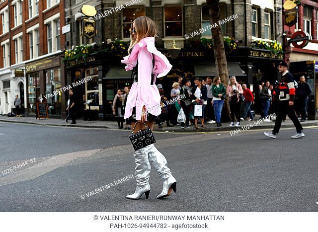 Rosa Crespo posing outside of the Topshop runway show during London Fashion Week - Sept 17, 2017 - Photo: Runway Manhattan/Valentina Ranieri ***For Editorial...