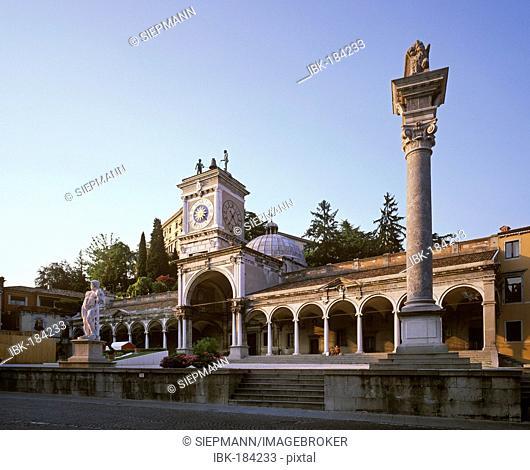 Loggia di San Giovanni, clock tower, Piazza Liberta, Udine, Friuli-Venezia Giulia, Italy