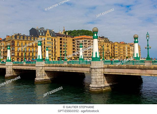 ZURRIOLA BRIDGE, SAN SEBASTIAN, DONOSTIA, BASQUE COUNTRY, SPAIN