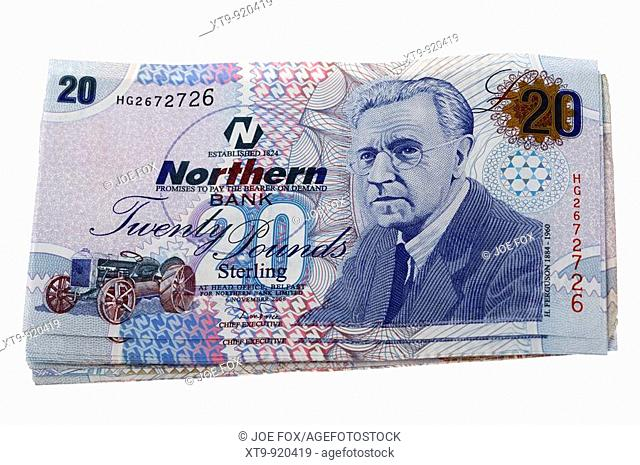 pile 20 pounds sterling northern ireland issued northern bank notes cash