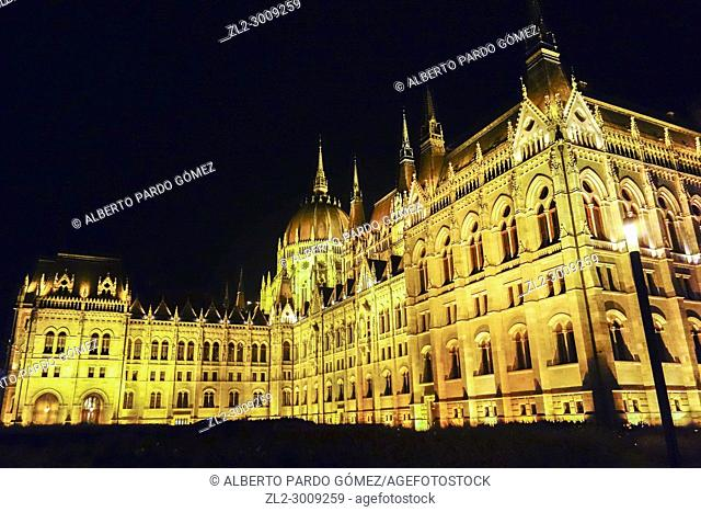 Parliament of Budapest at night, Budapest, Hungary