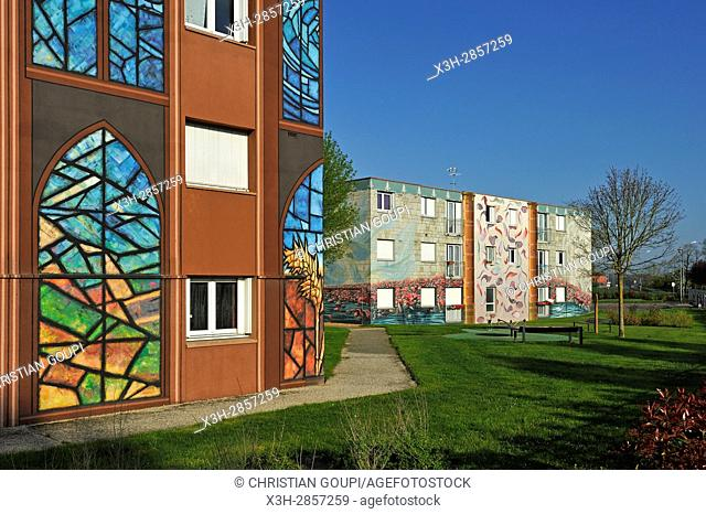 Fresques de Bel-Air, 4000 m² of council housing building painted in trompe-l'oeil style ( design and carrying out by CiteCreation), Chartres