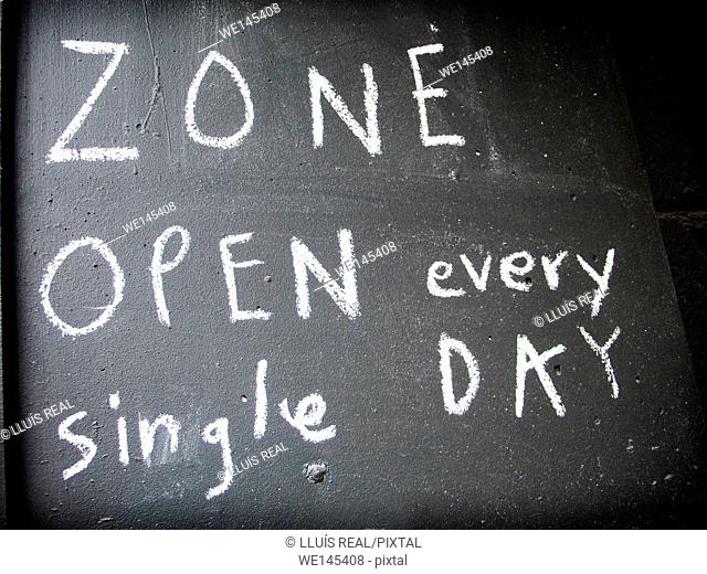 Open every single day sign