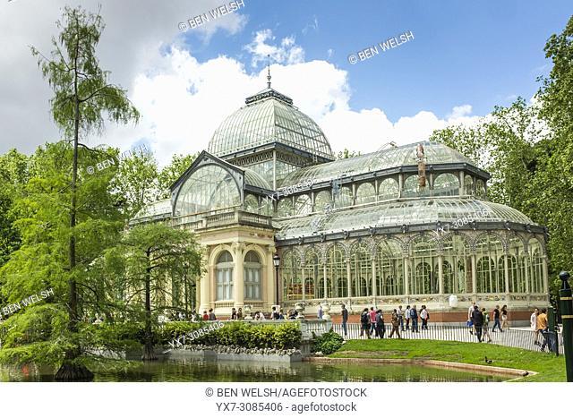 El Palacio de Cristal, El Retiro, Madrid, Spain, Europe