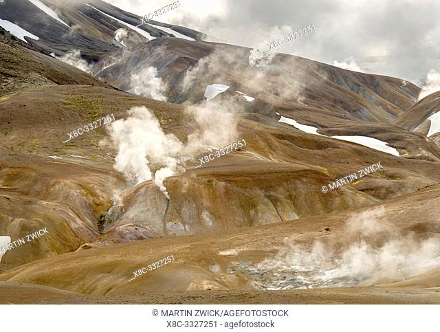 Landscape in the geothermal area Hveradalir in the mountains Kerlingarfjoell in the highlands of Iceland. Europe, Northern Europe, Iceland, August