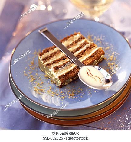 Brioche and nougatine dessert