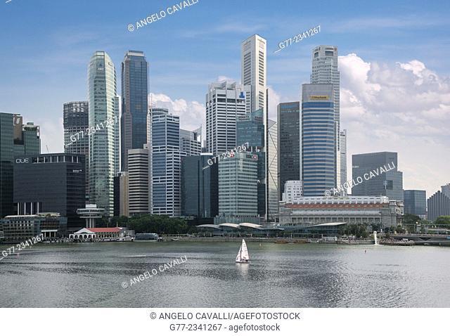 Modern skyscrapers downtown Singapore, Singapore