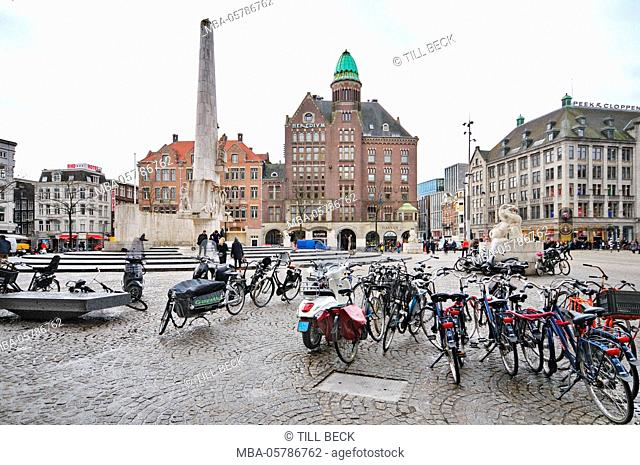 Holland, Amsterdam, Dam, Nationaal monument, commercial buildings, museums