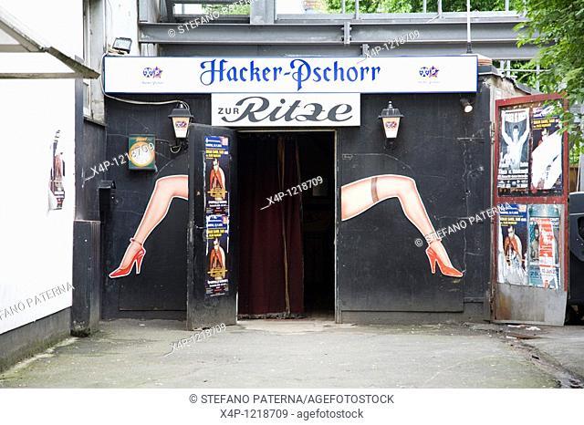 Zur Ritze Bar, St Pauli, Reeperbahn, Hamburg, Germany