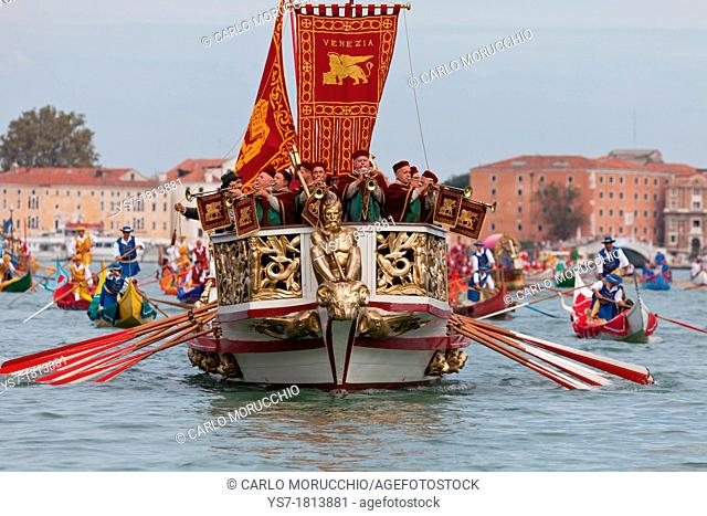 Traditional boats and dresses during the pageant preceding the 2012 Regata Storica, Venice, Italy, Europe