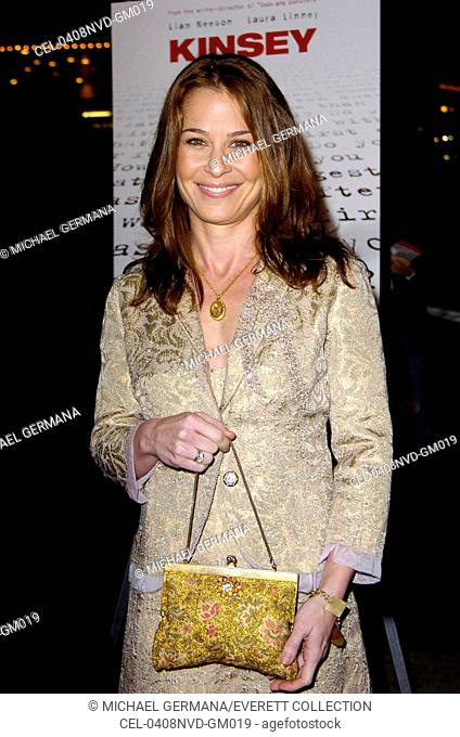 Julie Warner at the premiere of KINSEY, Los Angeles, CA November 8, 2004. (photo: Michael Germana/Everett Collection)