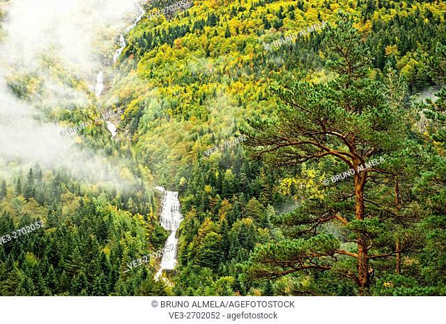 Waterfall in Bujaruelo Valley, Pyrenees Huesca (Huesca Province, Aragón Region, Spain)