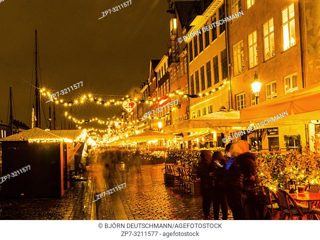 Nyhaven Christmas Market in Advent in Copenhagen, Denmark