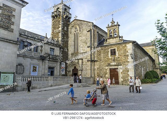 Gothic Saint Francis convent and Provincial Museum at Praza da Soidade square. Lugo city, Galicia, Spain, Europe