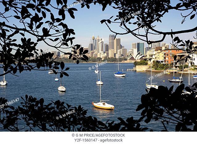 Sydney skyline seen from Cremorne Point