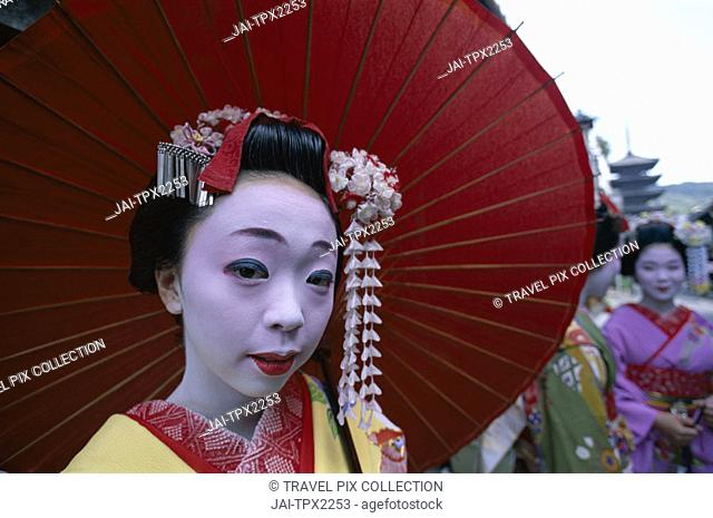 Maiko (Apprentice Geisha) / Woman Dressed in Traditional Costume / Kimono / Portrait, Kyoto, Honshu, Japan