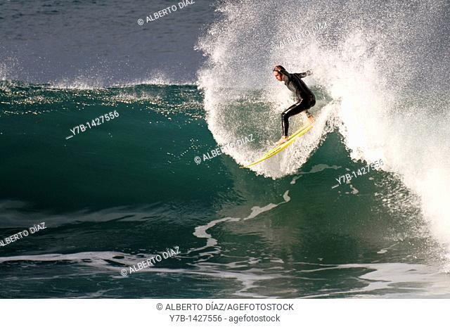 surfer by becoming a re-entring in Paul do Mar in Madeira