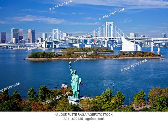 Japan-Tokyo City-Odaiba District-The Statue of Liberty and Rainbow Bridge