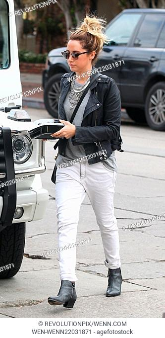 Ashley Tisdale takes her lunch to go on Melrose Place Featuring: Ashley Tisdale Where: Los Angeles, California, United States When: 19 Dec 2014 Credit:...