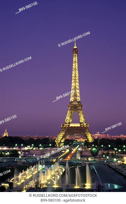 Fountains, Trocadero, Eiffel Tower, Paris, France