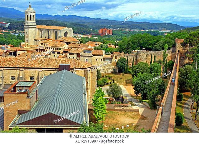 Church of Sant Fèlix and rampart, Girona, Catalonia, Spain