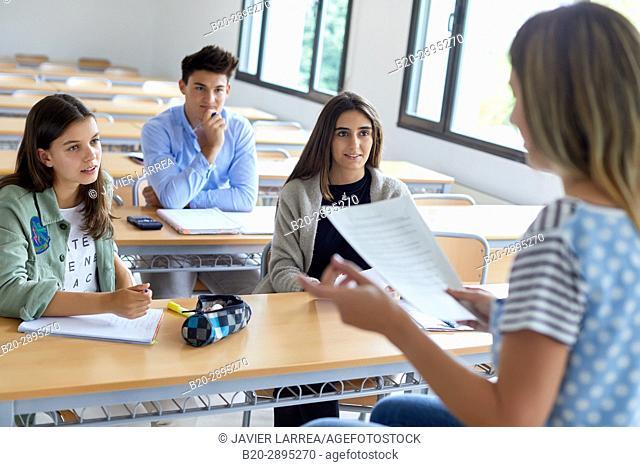 Teacher with students. Classroom. College. School of Business Studies. University. Donostia. San Sebastian. Gipuzkoa. Basque Country. Spain