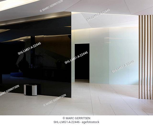 Black and white modern entrance