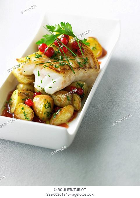 Grilled cod with roasted potatoes with redcurrants in syrup