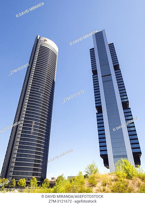 Torre PwC y Torre Cepsa. Cuatro Torres Business Area (CTBA). Madrid, Spain