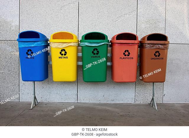 Recilagens garbage cans, Rio de Janeiro, Brazil