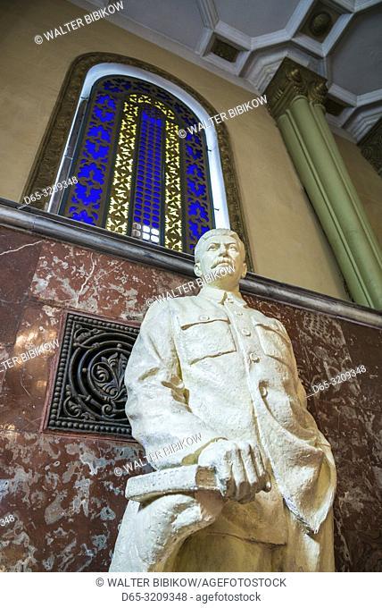 Georgia, Gori, Stalin Museum dedicated to former Soviet dictator Joseph Stalin, staircase and Stalin statue, NR