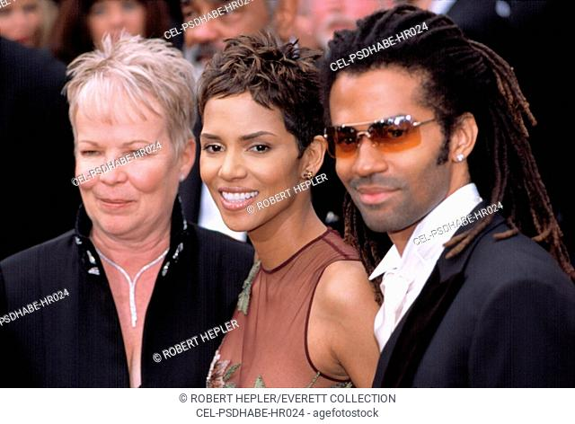 Halle Berry with her mother and husband Eric Benet at the Academy Awards, 3/24/2002, LA, CA, by Robert Hepler