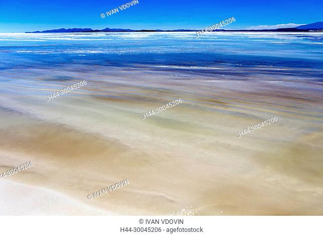 Uyuni salt flat, Salar de Uyuni, Potosi department, Bolivia