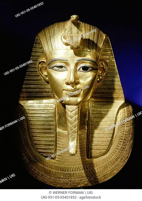 Gold funerary mask from the burial of Psusennes I