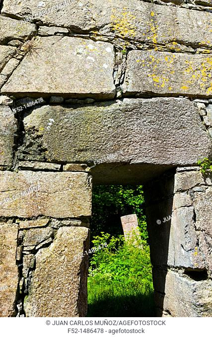Teampall Mic Duach Church  Kilmurvey Village  Inishmore Island, Aran Islands, Galway County, West Ireland, Europe