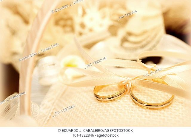 Alliances  Wedding rings
