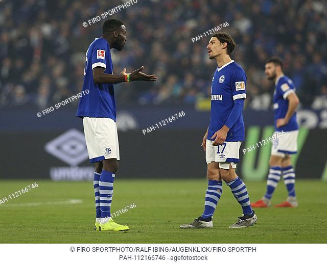 firo: 24.11.2018, football, 1.Bundesliga, season 2018/2019, FC Schalke 04 - FCN, 1.FC Nuremberg SANE and STAMBOULI, Schalke right, after 2: 1 for Nurnberg