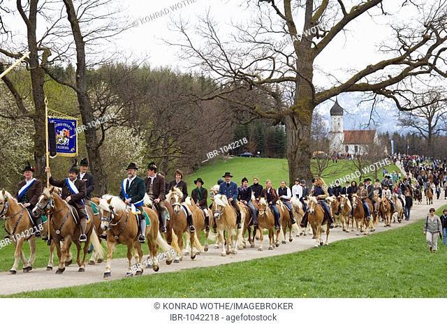 Traditional Georgiritt, horse pilgrimage to honour St George, at the Penzberg Hubkapelle Chapel, Upper Bavaria, Germany, Europe