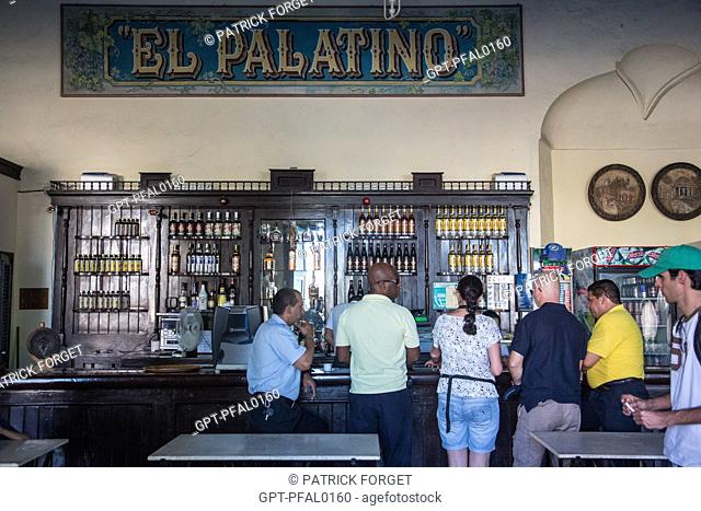 INTERIOR OF THE EL PALATINO BAR, PARQUE JOSE MARTI SQUARE, CIENFUGOS, FORMER PORT CITY POPULATED BY THE FRENCH IN THE 19TH CENTURY