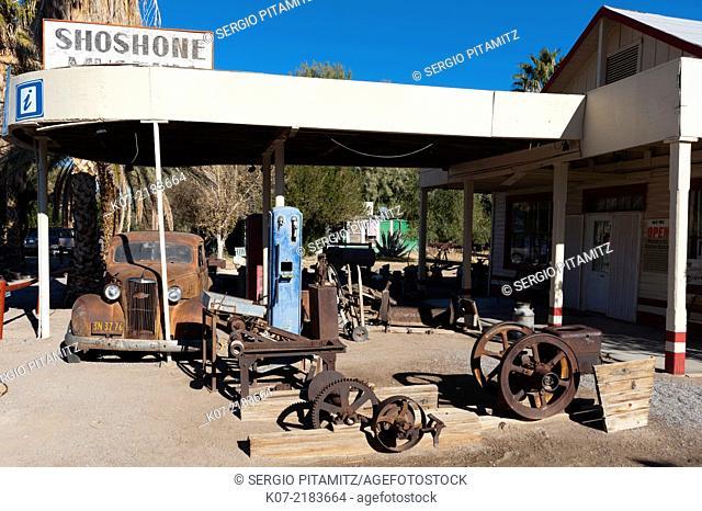 Old Gas Station, Shoshone, California, USA