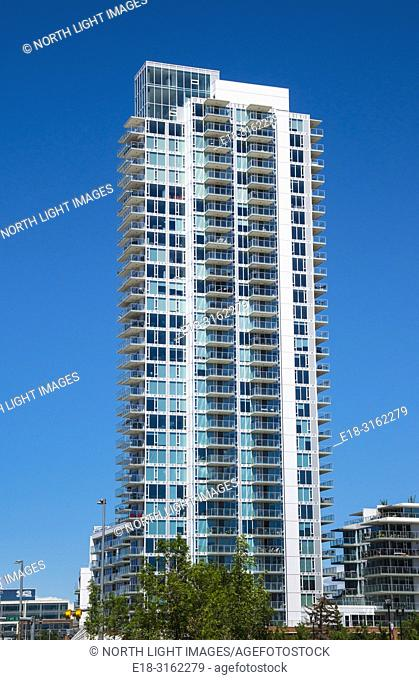 Canada, Alberta, Calgary. A luxury highrise apartment tower in the downtown district