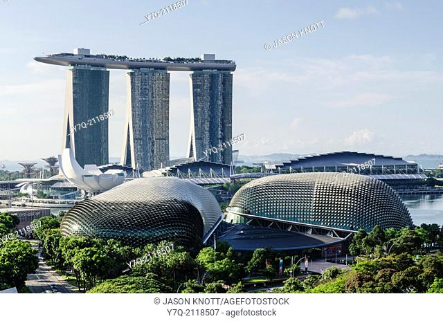 Marina Bay Sands and the Esplanade Theatres on the Bay, Singapore