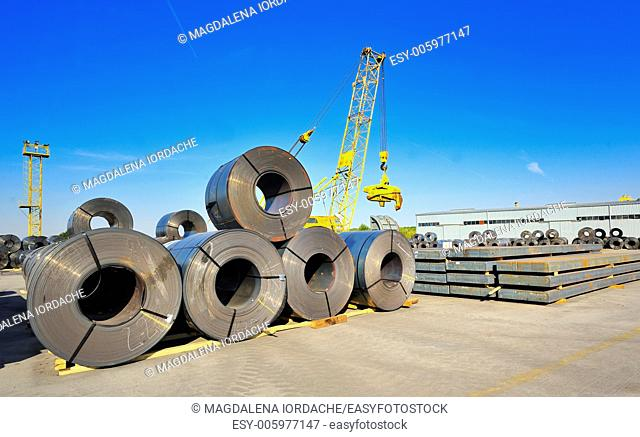 roll steel in harbor