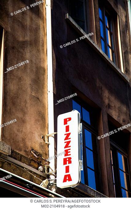 Pizza restauran sign in Europe