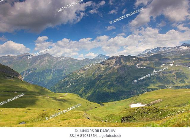 Mountain view at the Gamskarkogel, Hohe Tauern National Park, Salzburg, Austria